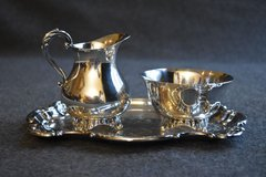 Wm A Rogers Silver Plated Footed Sugar and Creamer Set in Chicago, Illinois