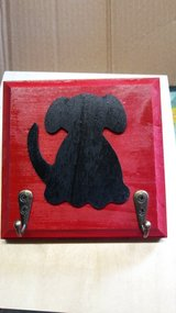 Wooden dog leash holder in Tinley Park, Illinois