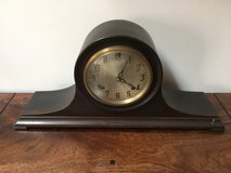 """Vintage """"New Haven"""" mantel clock in Glendale Heights, Illinois"""