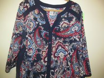 SISTERS LOOKING TO BUY TOPS FROM CATHERINES. 2X OR 3X in Glendale Heights, Illinois