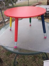 pencil table w/2 chairs in Fort Riley, Kansas