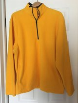 Old navy yellow fleece Large in Chicago, Illinois