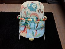 Bright starts baby bouncer like new with vibration in Ramstein, Germany