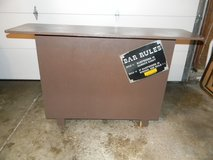Freestanding Bar with Built-in Ice Tub in Glendale Heights, Illinois