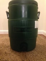 5 gallon Igloo cooler in Quantico, Virginia