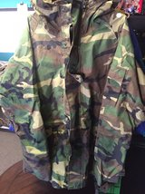 PARKA COLD WEATHER GORE-TEX WOODLAND CAMOUFLAGE in 29 Palms, California