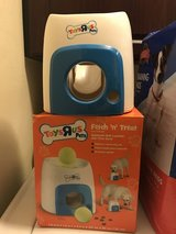 Toys 'R Us Fetch & Treat Interactive Toy For Dogs in Fort Lewis, Washington