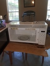 """GE cooktop stove  and 30"""" microwave in Beaufort, South Carolina"""