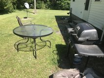 Black grill table and chairs in Camp Lejeune, North Carolina