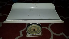 1950s Hanson Baby Scale in Vacaville, California