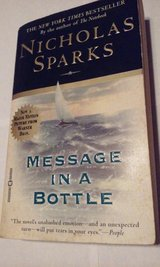 Message In A Bottle c1998 Nicholas Sparks in St. Charles, Illinois
