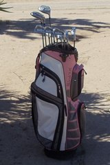 Women`s Golf Clubs in Yucca Valley, California