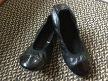 Girl's ballet flats in Bolingbrook, Illinois