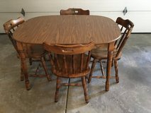 Table and Chairs in Naperville, Illinois