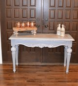 entryway table / gray white glazed farm style top in Naperville, Illinois