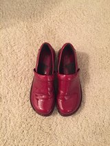 Red patent leather BOC shoes.  Size 7 in Glendale Heights, Illinois