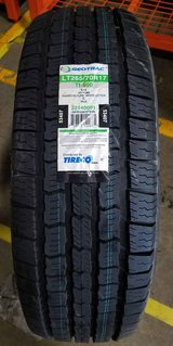 4 -LT265/70R17 Geo-Trac. in Glendale Heights, Illinois