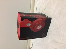 Beats by dr.dre mixr in Naperville, Illinois