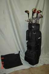 Mens RH Spalding Executive Complete Golf Set with Bag in Glendale Heights, Illinois
