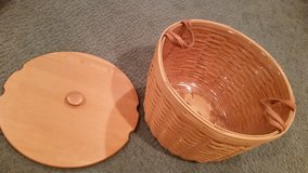Longaberger Hostess Corn Basket with Protector and Lid in Aurora, Illinois