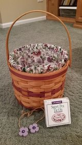 Longaberger Sweet Pea Basket with Liner and Protector in Westmont, Illinois