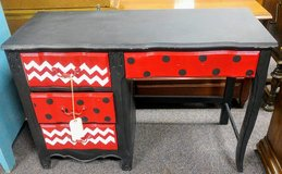 4-Drawer Desk in Camp Lejeune, North Carolina