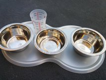 STAINLESS STEEL BOWLS in Oswego, Illinois