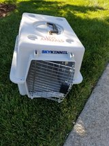 Small pet travel carrier in Bolingbrook, Illinois