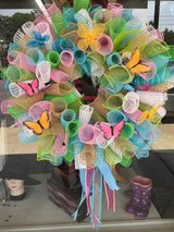 Butterfly mesh wreath ?? in Fort Bragg, North Carolina