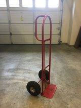 2-Wheel Utility Cart - 600 lbs Capacity in Tacoma, Washington