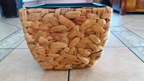 Nice Flower pot / water hyacinth/ NEW in Spangdahlem, Germany