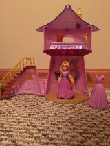 Disney Rapunzel MagiClip Flip 'N Switch Castle with Rapunzel and extra dress in Glendale Heights, Illinois