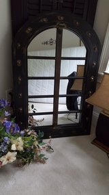 Beautiful Arched Black Mirror in Beaufort, South Carolina