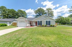 3Bd/2Bth W/Privacy Fence & High Grade Wood Laminate Throughout!  100 Honey Tree Ct. in Camp Lejeune, North Carolina