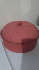Terracotta bowls with lid in Lawton, Oklahoma
