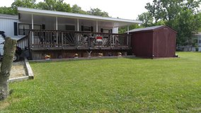 Lot and Trailer in Orland Park, Illinois