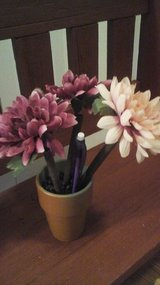 Floral Pen Set w/Pencils NEW!!! in Batavia, Illinois