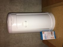 Munchkin diaper pail and liner in Naperville, Illinois