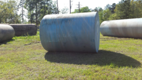 fuel storage tank 2000 gal in Cleveland, Texas