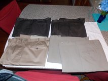 Mens Dress Pants 5 Pair in Hopkinsville, Kentucky
