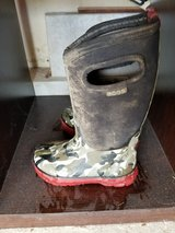 BOGS Youth Boys Boots/toddler winter jackets in Naperville, Illinois