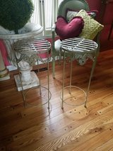 Metal table stands in Bolingbrook, Illinois