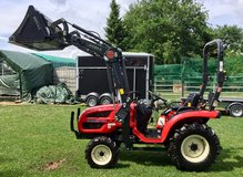 2016 Branson 2200 Tractor with Frontloader & Pallet Fork in Ramstein, Germany