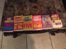 6 Janet Evanovich Paperbacks in Kingwood, Texas