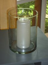 glass pillar holder 8H x 6W in Oswego, Illinois
