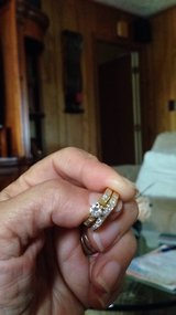 wedding Set 18 kyellow Gold and diamonds. in Fort Campbell, Kentucky