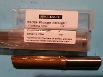 Plunge Straight Router Bit - NEW in Fort Campbell, Kentucky