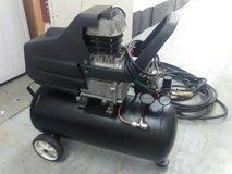 8 gallon air compressor in Tacoma, Washington