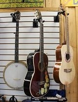 Guitars in Hopkinsville, Kentucky
