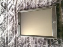 IPAD AIR 1 (16GB) with LTE and otter box case in Fort Hood, Texas